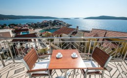 Villa Katy sea view